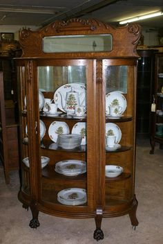 Popular Antique China Cabinet Style American Victorian Carved Oak Curved Glass Curio 1800 Value 1920 And Hutch With Door Leaded China Cabinet For Sale, Glass China Cabinet, Antique China Cabinets, China Cabinet Display, Curio Cabinets, Display Cabinets, Pyrex Display, Victorian Furniture, Antique Furniture