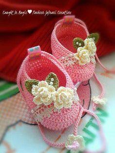 Zapatitos bebé crochet