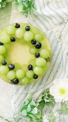 Golden Wine Wreath Cake - Christmas Cravings - Made with fresh grapes, sweet white wine, and sprinkles of gold leaf, it& the perfect cake fo - A Food, Food And Drink, Sweet White Wine, Cake Recipes, Dessert Recipes, Let Them Eat Cake, Just Desserts, Food Processor Recipes, Cooking Recipes