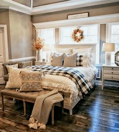 20 Best Urban Farmhouse Master Bedroom Makeover Ideas ~ Home Design Ideas Farmhouse Master Bedroom, Master Bedroom Design, Home Bedroom, Modern Bedroom, Bedroom Furniture, Master Suite, Bedroom Designs, Contemporary Bedroom, Bedroom Country