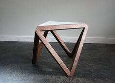 Petrified Design | http://petrifieddesign.com/ Excelente manejo de las formas!!!!!