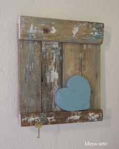 decoração em madeira de demolição, porta chaves, quadro rustico ,