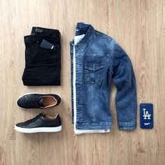 5,231 отметок «Нравится», 49 комментариев — Junho (@mrjunho3) в Instagram: «Evening vibes . Question: Would you rock a denim jacket? Let me know in the comments below! ⤵️…»