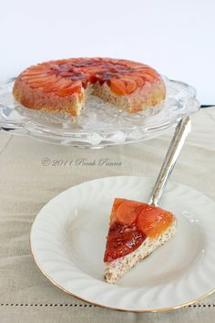 Upside-down paleo cake , This I need to try !! Also amazing blog with heaps of good paleo recipies