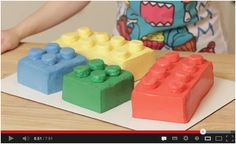 HOW TO MAKE A LEGO CAKE  http://awesomefood1.blogspot.co.il/2013/05/how-to-make-lego-cake.html