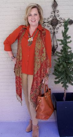 The Best Fashion Ideas For Women Over 60 - Fashion Trends Boho Fashion Over 40, Plus Size Fashion For Women, Fashion Over 50, Fashion Tips For Women, Autumn Fashion, Mode Outfits, Fashion Outfits, Fashion Trends, Latest Fashion