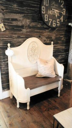 Antique Bed repurposed into bench – nice French Paris Chic style – by Zoey's – Furniture Makeover Refurbished Furniture, Repurposed Furniture, Shabby Chic Furniture, Furniture Makeover, Painted Furniture, Antique Furniture, Handmade Furniture, French Furniture, Furniture Projects