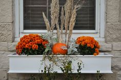 Just So Lovely: Our Outdoor Fall Decor