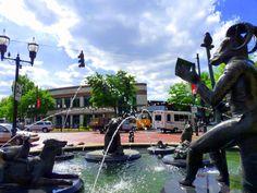 Frank Fleming's Sculptural Fountain 'The Storyteller' in Five Points South   Birmingham, Alabama  http://magiccitymanifesto.files.wordpress.com/2010/12/storyteller.jpg