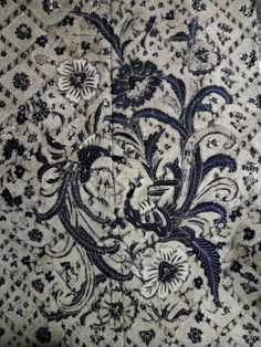 Batik sidomukti buketan burung,color kelengan year 1950.