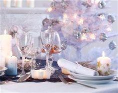 Holiday Gift Guide Home Decor & Entertaining Christmas Table Settings, Christmas Table Decorations, Decoration Table, Christmas Mood, White Christmas, Magical Christmas, Christmas Countdown, Christmas Images, Beautiful Christmas