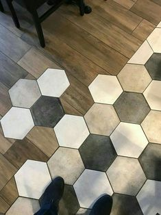 19 Flooring Transitions From Wood to Tile - fancydecors Honeycomb Tile, Hexagon Tiles, Floor Design, Tile Design, Tile To Wood Transition, Transition Flooring, Kitchen Flooring, Tile Flooring, Flooring Ideas