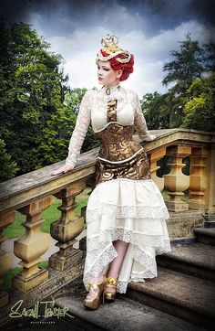 I love steampunk costumes
