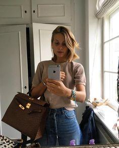 Drømmer om den her taske 🙏😅 Maya, Den, Ootd, Street Style, How To Wear, Outfits, Clothes, Instagram, Fashion