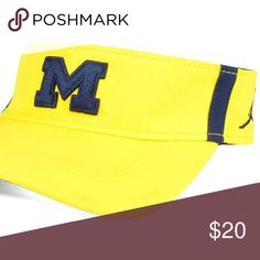 the latest c9a7c c8ea2 Michigan Wolverines Nike Jordan Visor Hat Mens New Michigan Wolverines Nike  NCAA Sideline Aero Visor Adjustable
