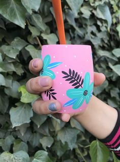 Decorated Flower Pots, Painted Flower Pots, Diy Clay, Clay Crafts, Plastic Bottle Crafts, Painted Jars, Posca, Bullet Journal Inspiration, Painting Patterns