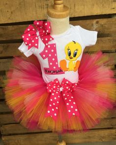 Boo Boo Kitty Birthdays by BooBooKittyBirthdays on Etsy 1st Birthday Party For Girls, Second Birthday Ideas, Birthday Tutu, Princess Birthday, Birthday Shirts, Birthday Outfits, Baby Looney Tunes, Tutu Outfits, Tweety