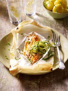 Dieser Fisch kommt ohne Kalorien vom Grill oder aus dem Backofen. Das Rezept findest du bei Wunderweib.de