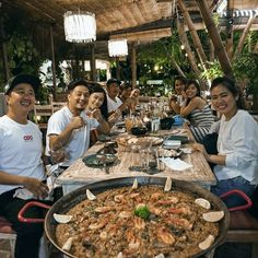 #Bali. Let's celebrate your good time with something big & delicious at @LaFincaBali. Pre-order their Paella & enjoy your evening with your friends & family