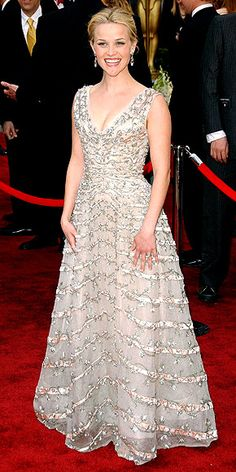 Reese Witherspoon wearing vintage Christian Dior at the 2006 Oscars