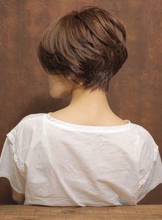 【大人ふんわりボリューミショート】(髪型ショートヘア)