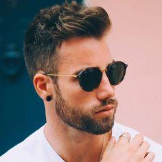 Hipster Haircut For Men New Mens Haircuts, Hipster Haircuts For Men, Hipster Hairstyles, Stylish Haircuts, Cool Hairstyles For Men, Hairstyles Haircuts, Popular Haircuts, Hair And Beard Styles, Curly Hair Styles