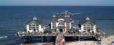 Ostseebad Sellin Rügen , Ostsee, Germany Hotels, End Of The World, San Francisco Skyline, Mansions, House Styles, Places, Travel, Islands, Pictures