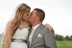 bridal posing, wedding photography, wedding photographer in Colorado, colorado wedding photographers, windsor-wedding-photographer