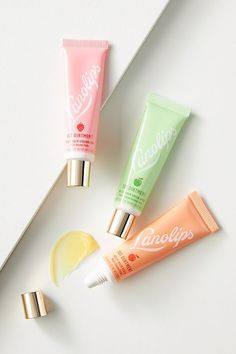Beauty Care, Beauty Makeup, Lip Hydration, Dry Lips, Works With Alexa, Beauty Secrets, Beauty Products, Body Care, Gifts For Mom