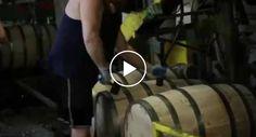 Magnifico Vídeo Mostra Como Se Fabrica Os Barris De Armazenamento De Whiskey Da Jack Daniels