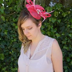 Pink Fascinator by Designsbygrg on Etsy Kate Middleton Hats, Pink Fascinator, Wedding Fascinators, Trending Outfits, Unique Jewelry, Handmade Gifts, Etsy, Vintage, Fashion