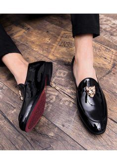 Men's patent leather slip on with metal ornament on vamp, work, office, business occasions. Mens Casual Leather Shoes, Mens Loafers Shoes, Leather Slip On Shoes, Men's Shoes, Shoe Boots, Dress Shoes, Patent Leather, Shoes Men, Patent Shoes