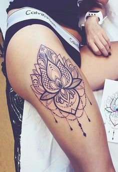 88 Alluring Sexy Tattoo Designs & Tattoo Placement Ideas For Woman - Page 77 of 88 - The Secret of Modern Beauty Girl Leg Tattoos, Hip Thigh Tattoos, Thigh Tattoo Designs, Unique Tattoo Designs, Tattoo Designs For Women, Sexy Tattoos, Cute Tattoos, Sleeve Tattoos, Tattoos For Women