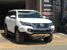 Rhino 4×4 | Toyota Fortuner 2016 Front Evolution Bumper Toyota Fortuner 2016, Offroad, Evolution, Car, Wheels, Random, Off Road, Automobile, Vehicles