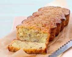 Yogurt and bananas' cake Torta allo yogurt e banane www. Banana Yoghurt Cake, Yogurt Cake, Banana Bread, French Sweets, Delicious Desserts, Dessert Recipes, Biscuit Cake, Time To Eat, Some Recipe