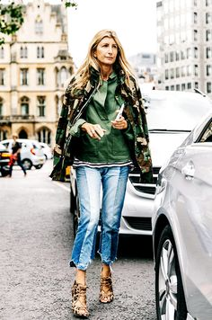 The Street Style Trends Everyone Wore This Year Look Street Style, Street Style Trends, Street Chic, Camo Print Jacket, Camouflage Jacket, Fashion Week, Winter Fashion, Fashion Trends, Khadra