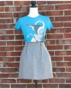 T-shirt Design by Humans. Parfait pour pimper vos tenues plus austères! | Mlle Frivole Turquoise, Parfait, T Shirt, Boutique, Design, Outfits, Tee, Green Turquoise