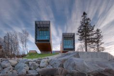Not small but could be.. Two Hulls   Monumental Twofold House In Canada