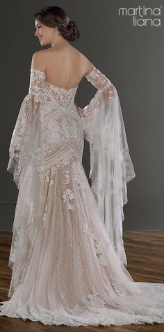 Gorgeous Long Sleeves Wedding Dresses That Are Bridal Goals Gorgeous Long Sleeves Wedding Dresses That Are Bridal Goals,Wedding Dresses Bohemian ethereal wedding dress by Martina Liana with floor-length detachable long lace sleeves. Ethereal Wedding Dress, Boho Wedding Dress, Designer Wedding Dresses, Mermaid Wedding, Lace Wedding, Bridal Lace, Bridal Style, Bridal Gowns, Wedding Gowns