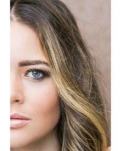 """70 curtidas, 2 comentários - Carla Barraqui (@carlabarraqui) no Instagram: """"Quem pode manter o foco na make com esse olhar muso?? 📸@duetofotografia Modelo…"""""""