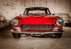 Fiat 124 Sport Spider, Fiat 124 Spider, Evil Under The Sun, Fiat 500, Dream Garage, Trucks, Cars Motorcycles, Cool Cars, Classic Cars