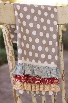 Cute dishtowel tutorial - love the fabrics!