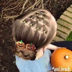 An elastic candy corn to a side braided bun. The elastic colours were much more vibrant in real life! . #braid #braids #cute #pretty #hair #hairstyle #hairstyles #hairgoals #hairposts #cghphotofeature #cutegirlshairstyles #featuremejehat #ab_feature #braidsforlittlegirls #braidsforgirls #sweetheartshairdesign #instibraid #hotbraidsmara #inspirationalbraids #beyondtheponytail #braidgoals #halloweenhair #halloweenhairstyle #halloween #lrbfeatureme #lalasundaypost #happyhalloween #candycorn...