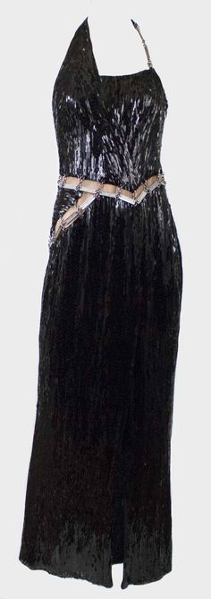 Versace  - http://www.pandoradressagency.com/latest-arrivals/product/versace-3/
