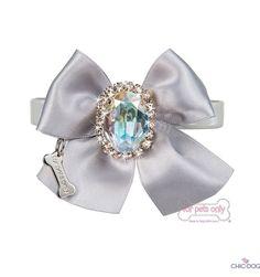Diamond Love Collar #dogcollar embellished with Swarovski stone | Collare con…