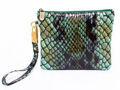Emerald croc-pattern leather clutch | Everpurse