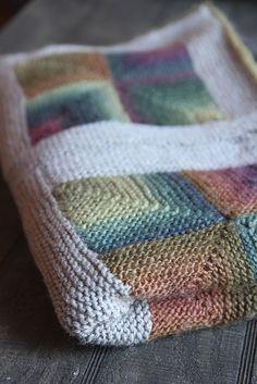 Ravelry: ItalianDishKnits' Mitered Autumn Squares Blanket