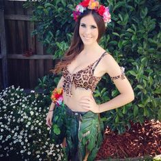 """Pin for Later: 48 Stylish DIY Costumes That Are Just Too Easy Katy Perry in the """"Roar"""" Video"""