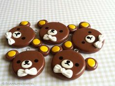 Kawaii Rilakkuma with a bow    http://kawaii-cute-handmade.blogspot.nl/    http://www.rilakkumashop.nl/
