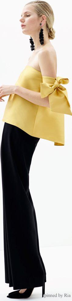 Sachin Babi Pre Fall 2016 l Ria women fashion outfit clothing style apparel RORESS closet ideas Fashion Details, Love Fashion, Trendy Fashion, High Fashion, Fashion Show, Fashion Outfits, Womens Fashion, Fashion Design, Fashion Trends